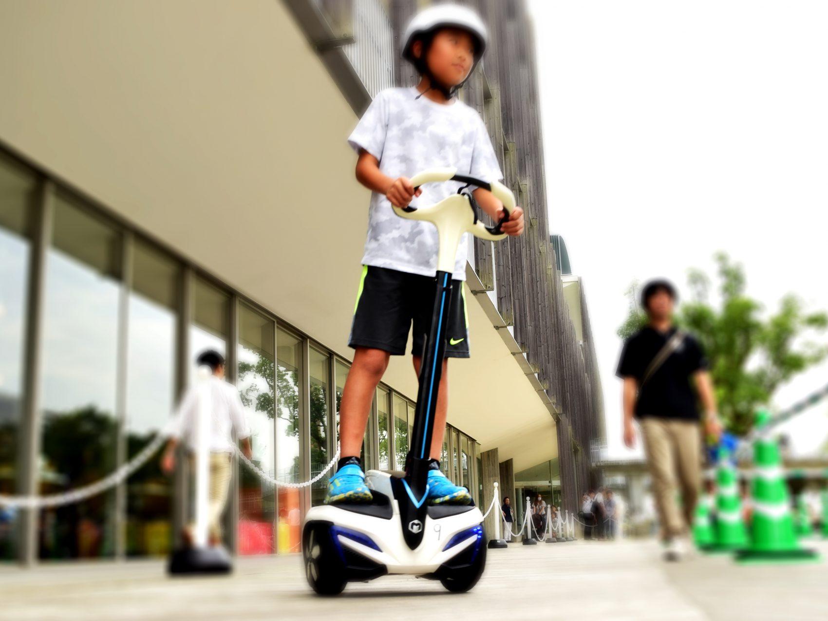 移動支援ロボット『INMOTION』試乗体験イメージ