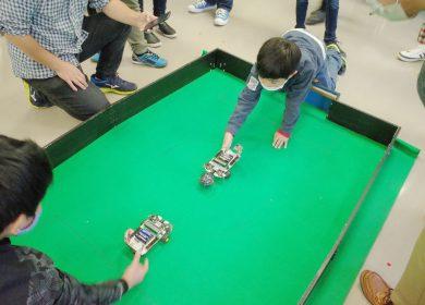 サッカーロボットの対戦ゲーム